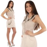 Beige transparante bloes met kralen op de mouwen