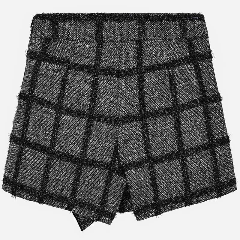 Checkered shorts black