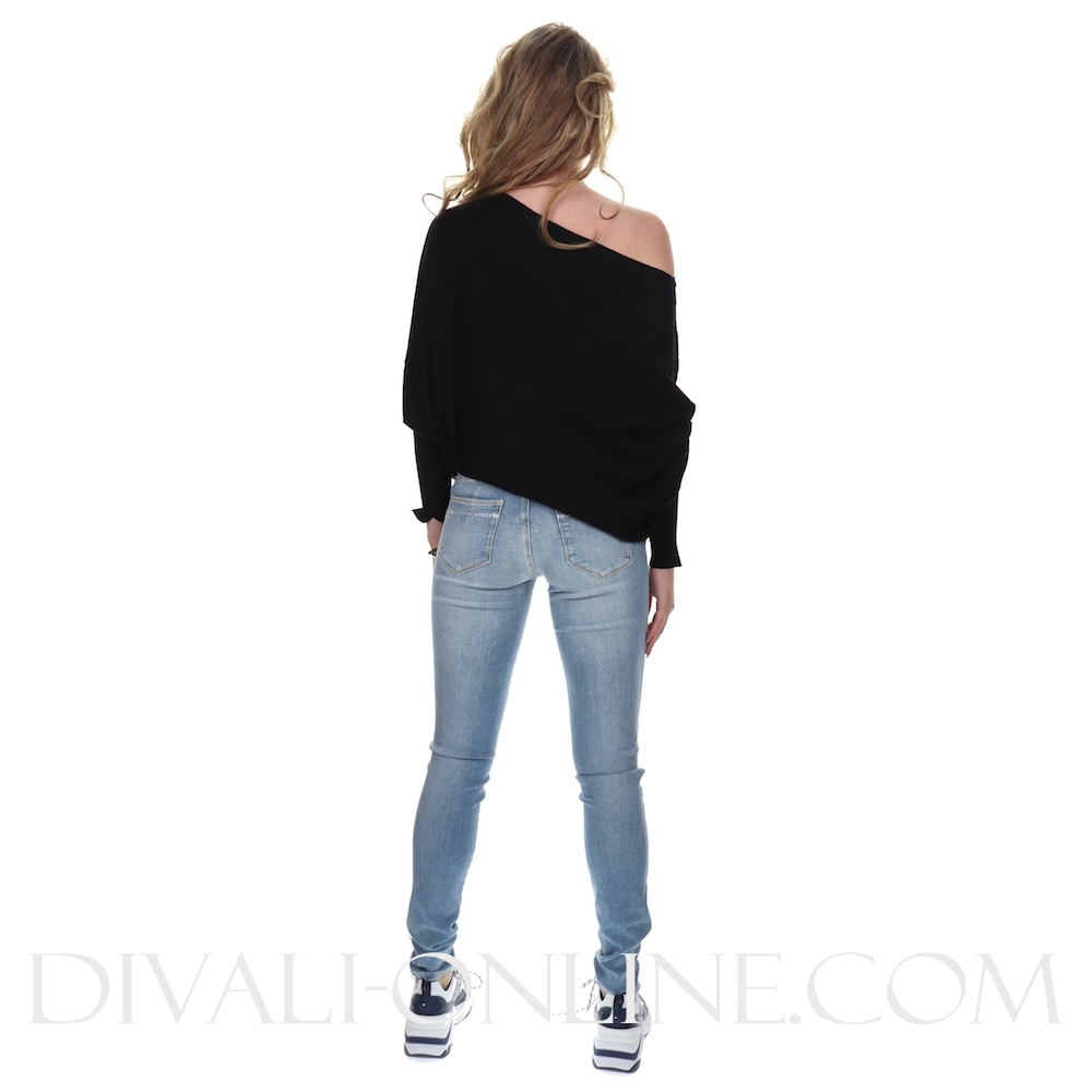 Pullover Off-shoulder Black