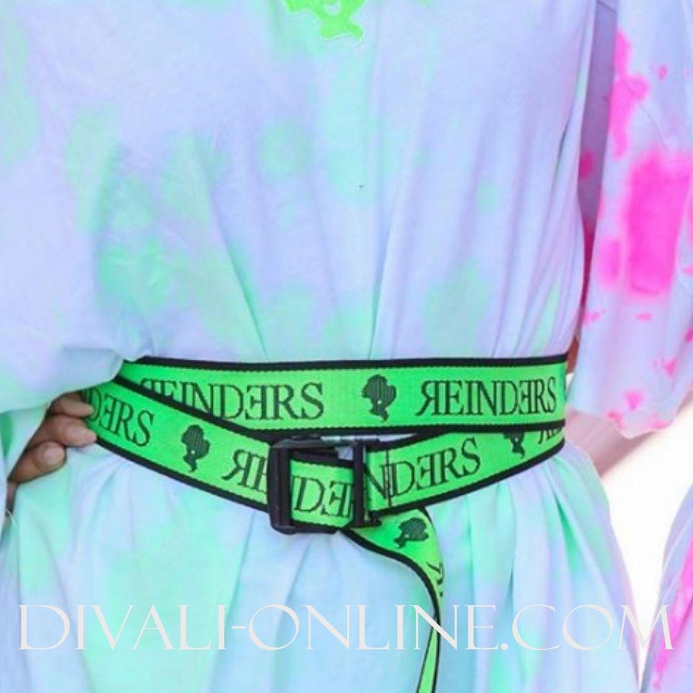 Reinders Belt Wording Neon Green