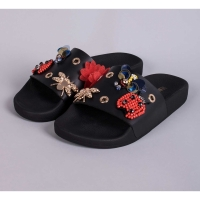 THE WHITEBRAND Slipper Fly Black
